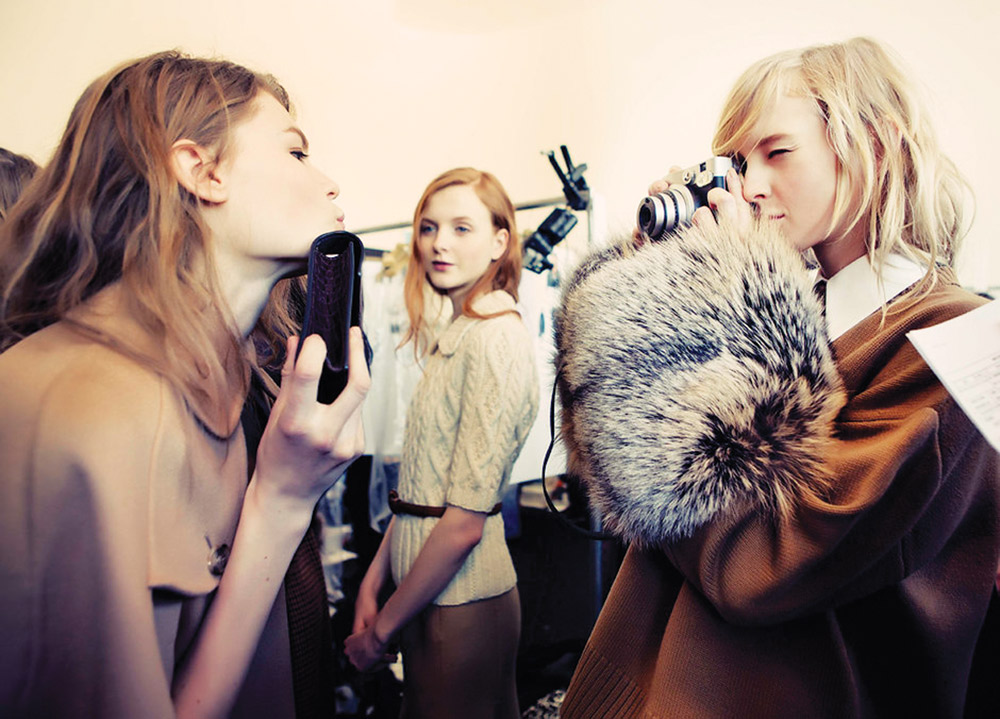 VOGUE.COM   PHOTO COURTESY Backstage images from runway productions provide an in-depth look at design details.